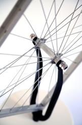 Roue de bicyclette carrée 9. X.Brandeis ©